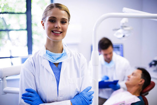 Procure An Alluring Smile With Trendier Dental Services