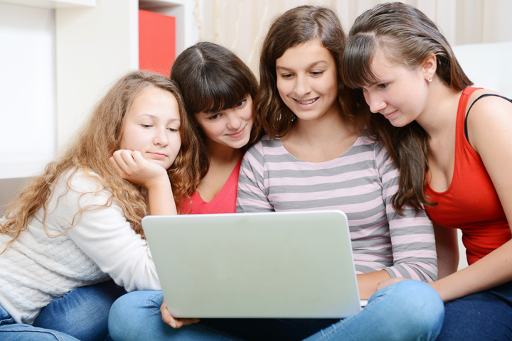 How to protect kids from wrong doings online?