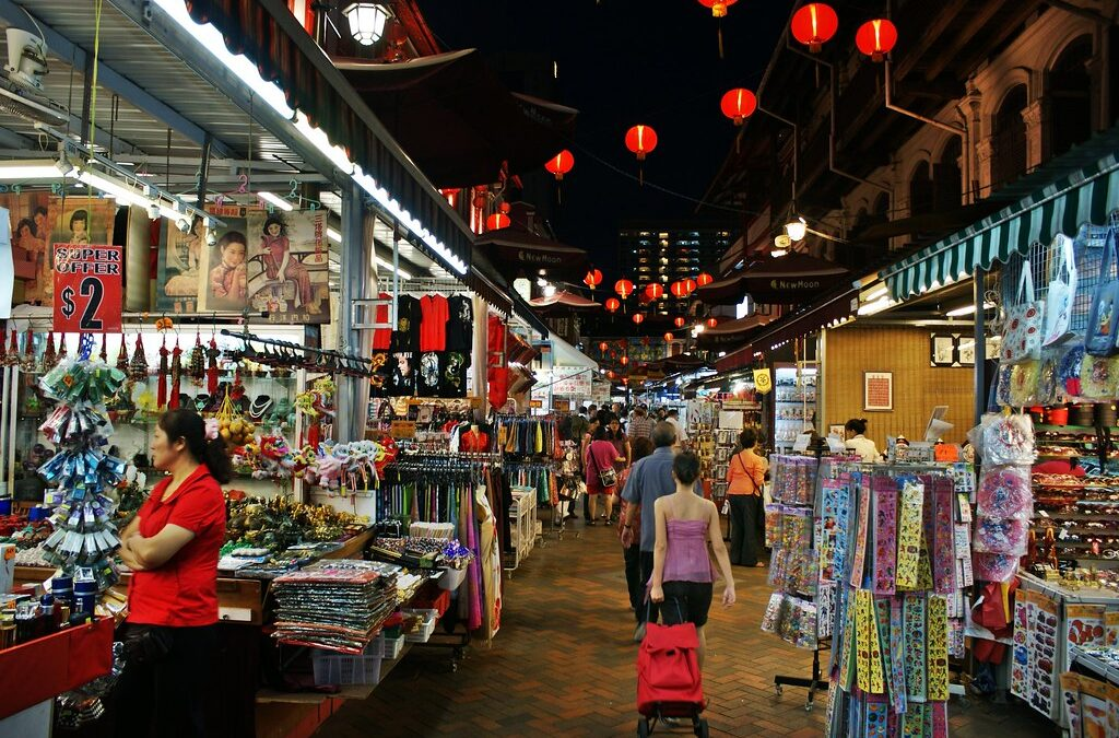 Top 7 places to buy souvenirs in Singapore