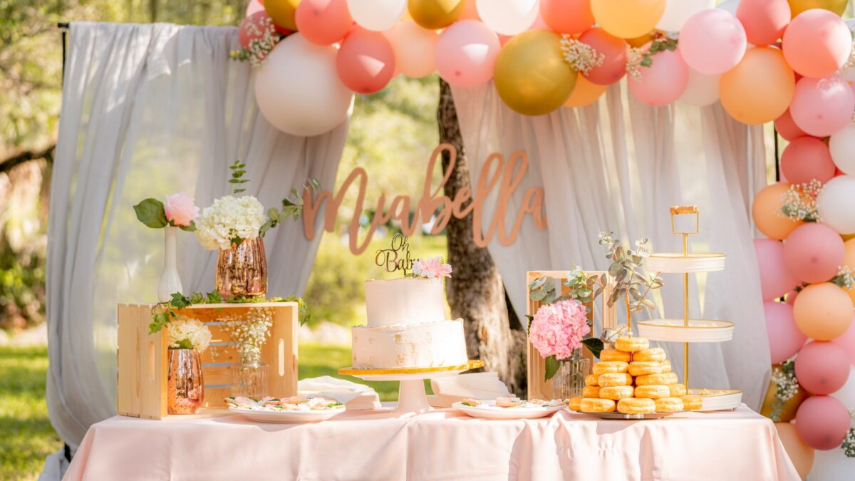 5 Essential Items You Need For A Birthday Event Décor