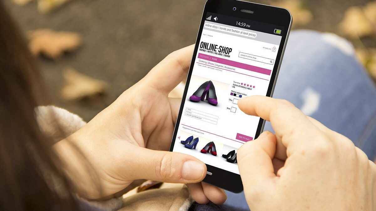 Mobile App Technologies To Help Clothing Brands Connect With Consumers